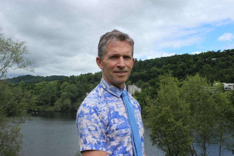 Dr Angus Hunter