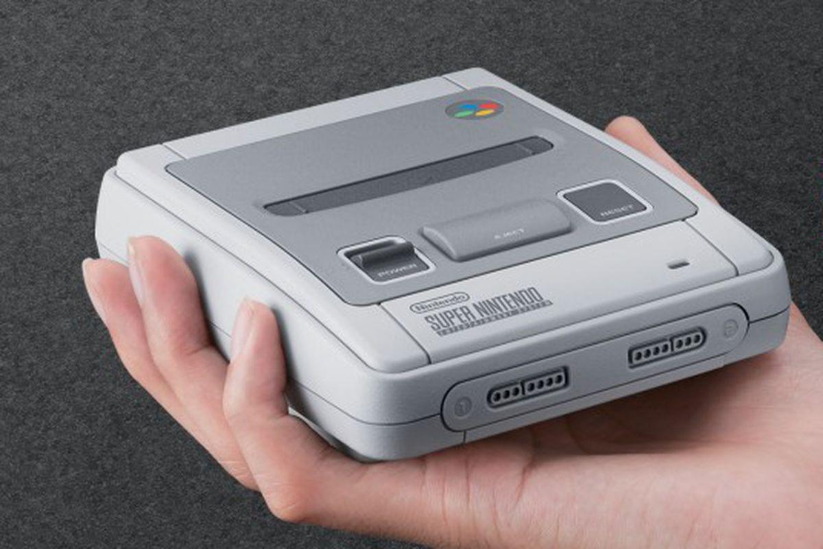 H2x1_NintendoClassicMiniSNES_image912w.0